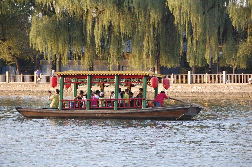 Озеро Хоухай в Пекине, Китай, достопримечательности