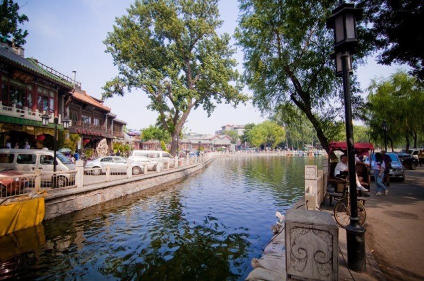 Озеро Хоухай в Пекине, достопримечательности Китая