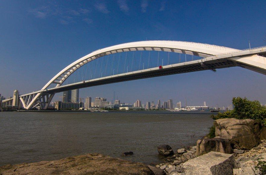 Мост Лупу в Китае