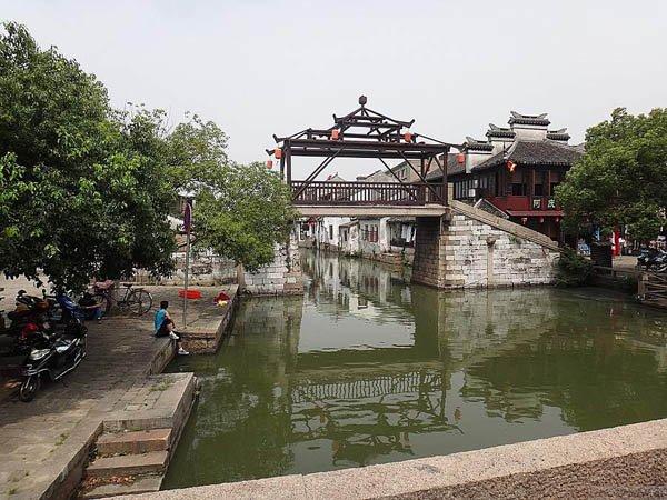 Тунли - город на воде в Китае, мосты
