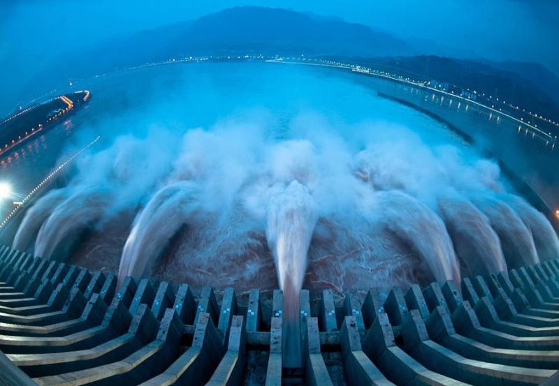 Самая большая в мире гидроэлектростанция «Санься». Чунцин, Китай.