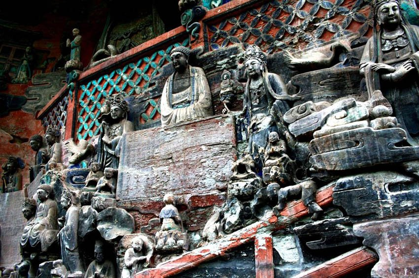 Дацзу барельефы,, пещеры. Чунцин в Китае