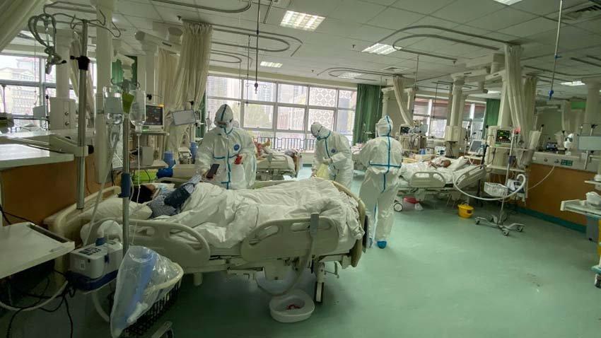 Зараженные коронавирусом в Ухане, Китай