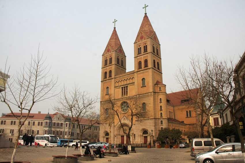 Михайловский собор в Циндао, Китай