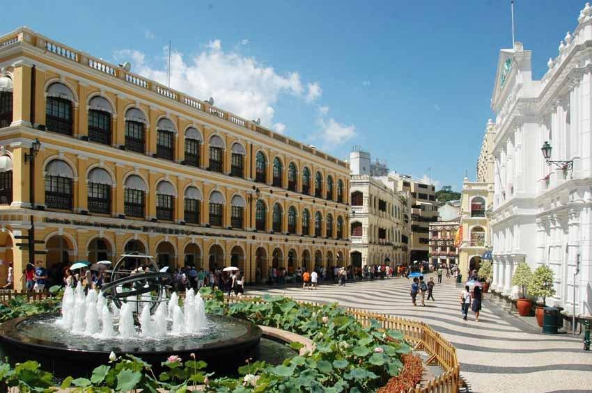 Площадь Сенадо в Макао, Китай