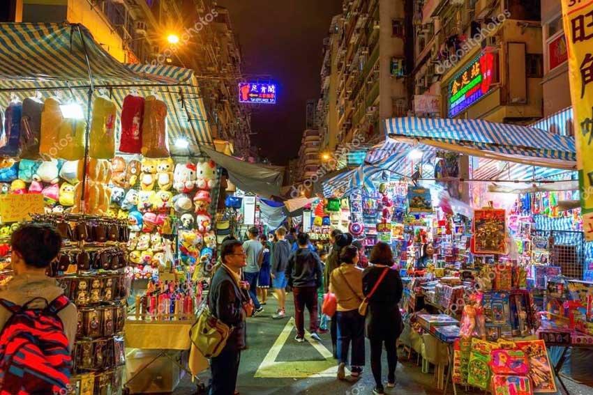 Temple Street Night Market. Рынок на храмовой улице. Гонконг, Китай