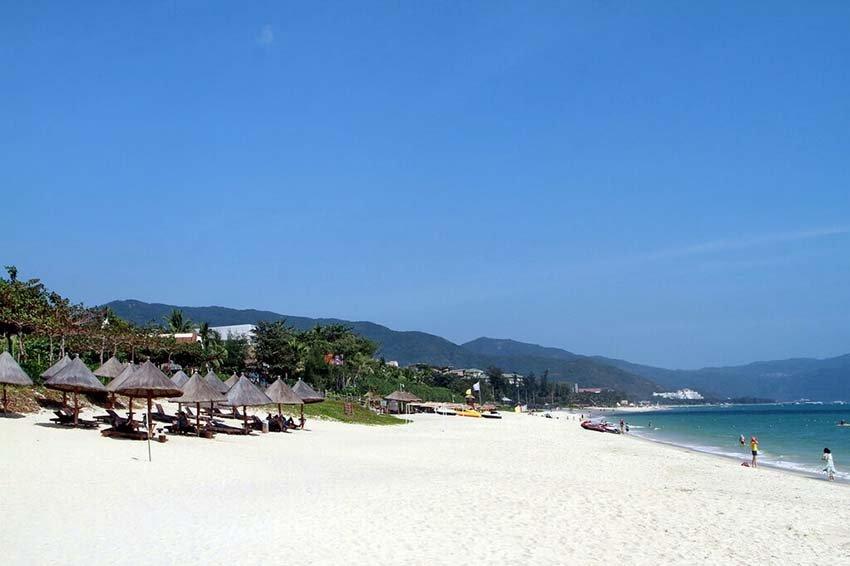 Ялонг Бэй - пляж в Китае