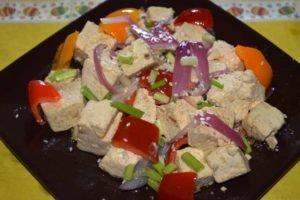 Китайская кухня: тофу жаренный с овощами
