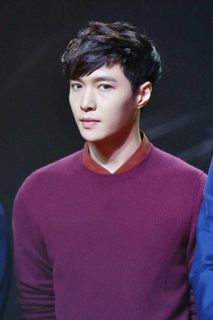 Чжан Исин - китайский актер