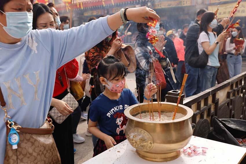Чем у китайцев принято отпугивать злых духов