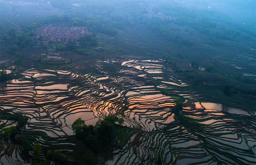 Магнетические пейзажи Юаньян, Китай